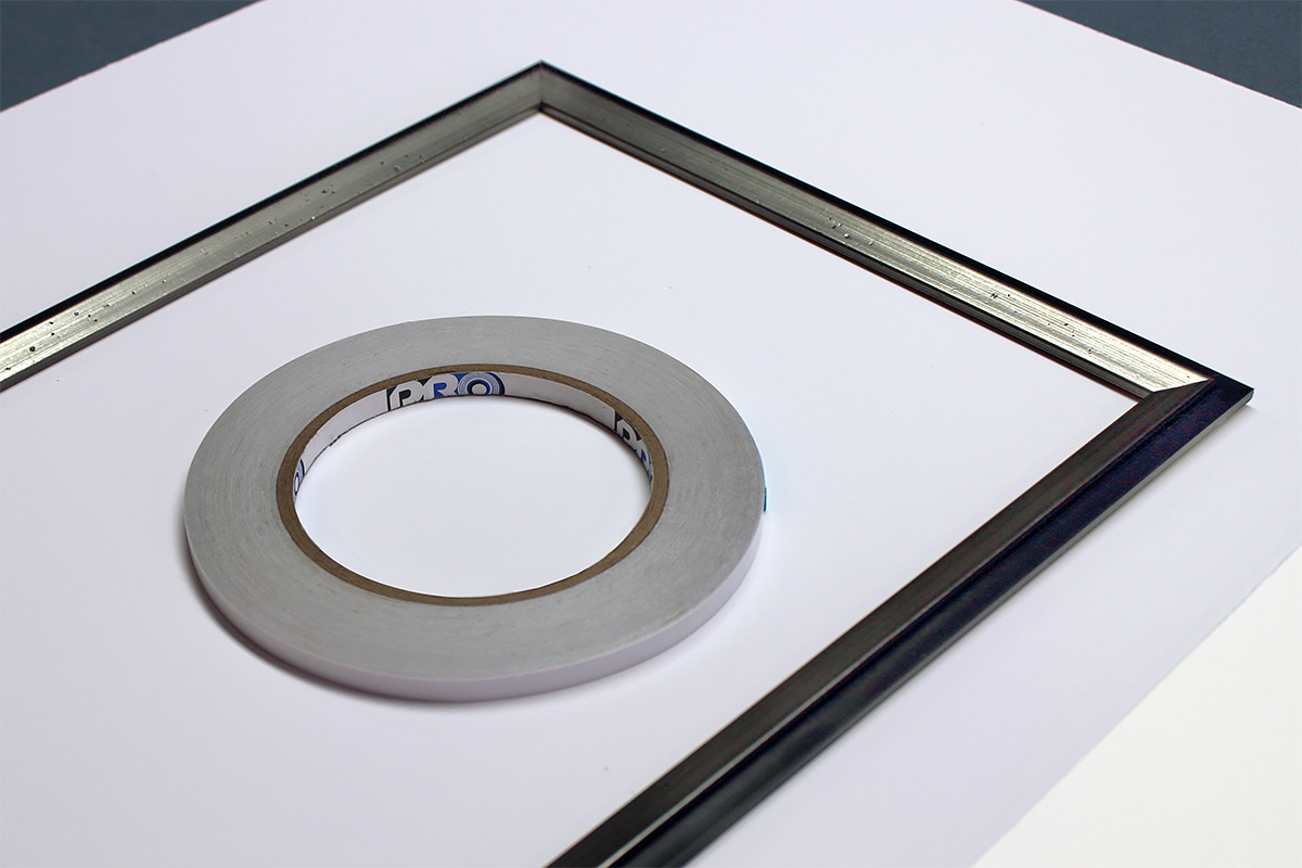 Pro® Fillet Tape is designed specifically to make framing with fillets more efficient. Shown here with an assembled fillet, ready to be installed.