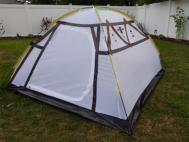 I started this design by adding some stripes and a zig-zag pattern in Pro Gaff® Black and Pro Gaff® Desert Tan Camo, as I did this, the tent reminded me of a tee-pee, so I went with that as inspiration.