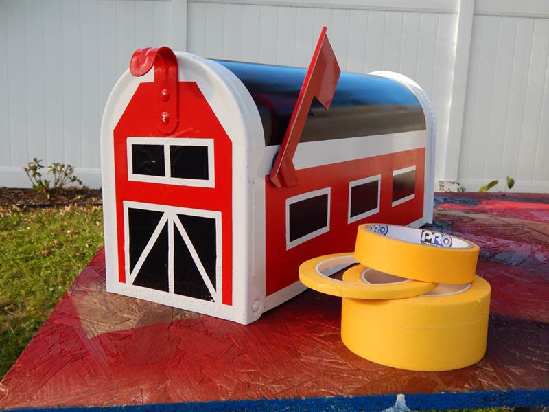 The completed farm mailbox with Pro 788!
