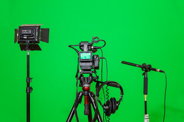 Pro Gaff Chroma Green for film & entertainment industries - to use with green screens