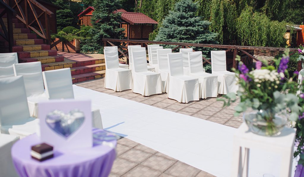 Secure carpets like this white wedding runners with Pro 500B tape